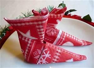 Pliage Serviette En Papier Noel : bottes de lutins papier color rouge en pliage serviette ~ Farleysfitness.com Idées de Décoration