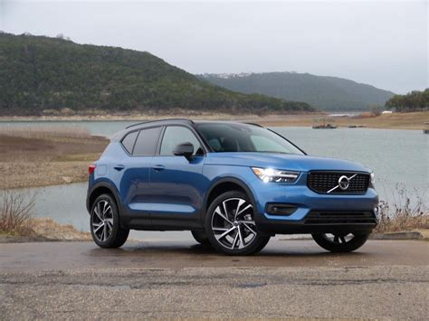 Volvo Xc40 Is An Attractive Option