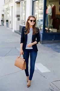 15 stylish navy blazer summer outfits to wear at work - stylishwomenoutfits.com