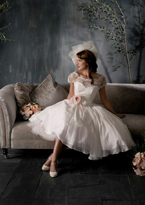 ideas  vintage wedding dresses  fall  love