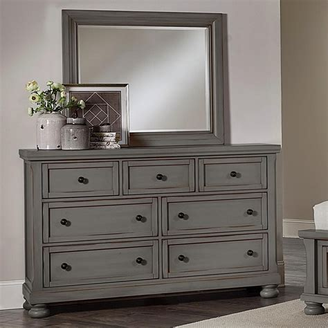 Vaughan Bassett Dresser With Mirror by Vaughan Bassett Reflections 7 Drawer Dresser And Mirror