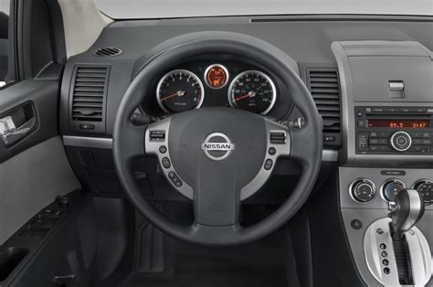 nissan sentra interior 2010 2010 nissan sentra reviews and rating motor trend