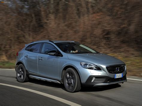 Volvo V40 Cross Country Hd Picture by Volvo V40 Cross Country D4 2012 Pictures 1600x1200