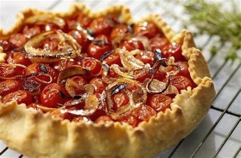recette de cuisine pour bébé tarte aux oignons et aux tomates