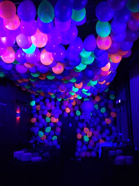 black light glow party neon ballon ceiling with black light balloon images
