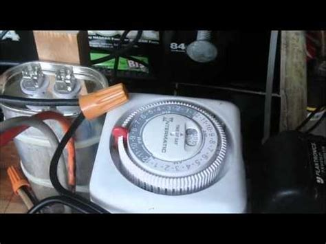 car battery capacitor charger  auto timer turnoff