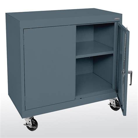 chrome wire shelving sandusky cabinets ta11361830 ta11362430 mobile counter
