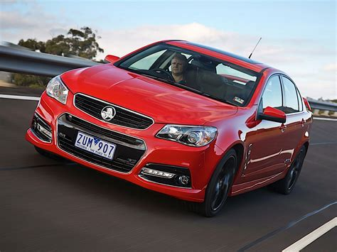 Holden Car : Holden Commodore Sedan Specs