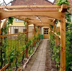 Rankgitter Holz Selber Bauen : frei stehende rankgitter aus holz ~ A.2002-acura-tl-radio.info Haus und Dekorationen