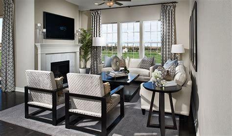 Home Decor 89052 : Avalon-den-family Room