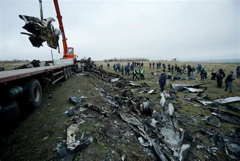 Malaysia airlines flight 17 (mh17) was a scheduled passenger flight from amsterdam to kuala lumpur that was shot down on 17 july 2014 while flying over eastern ukraine. Dutch government to file suit against Russia over downing of MH17