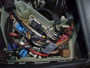 Batterie Bmw 320d : bmw e46 320d m47 an 2001 ne d marre plus mais d marreur et batterie ok ~ Gottalentnigeria.com Avis de Voitures