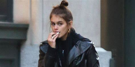 Just Jared Action 10 Story Shares kaia gerber heads out for a shopping spree in nyc