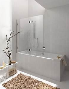 petite salle de bains avec baignoire douche 27 idees sympas With salle de bain moderne avec baignoire