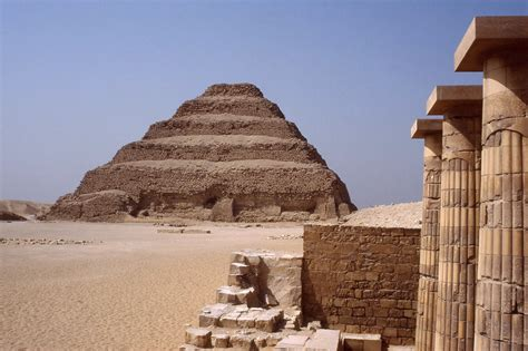 egypt   view sphinx  pyramids