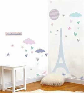 Stickers appliques tapis luminaires suspensions enfant for Tapis chambre bébé avec tee shirt homme a fleur