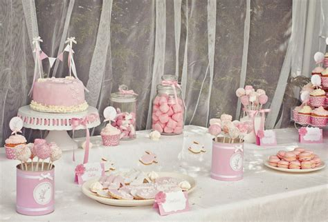 idee anniversaire fille decoration table bonbons sucreries