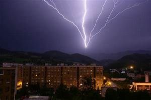 Blitz Entfernung Berechnen : wie funktioniert eigentlich so ein blitz physikblog ~ Themetempest.com Abrechnung