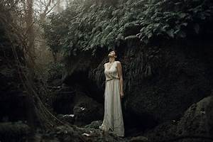 The Most Amazing Fine Art Portrait Photography By Alessio Albi - 121Clicks.com