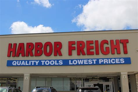 harbor freight hours  time  harbor freight close