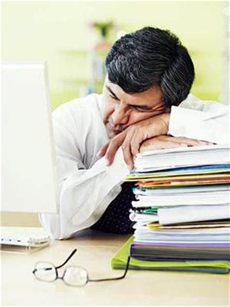 Fatigue Light Headed by 10 Health Symptoms Shouldn T Ignore S Health