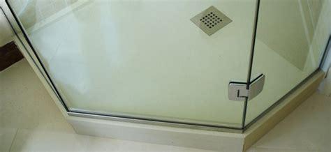 cabine doccia su misura box doccia in vetro su misura vetreria squillante genova