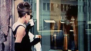 Now You Can Have Breakfast at Tiffany's Blue Box Café