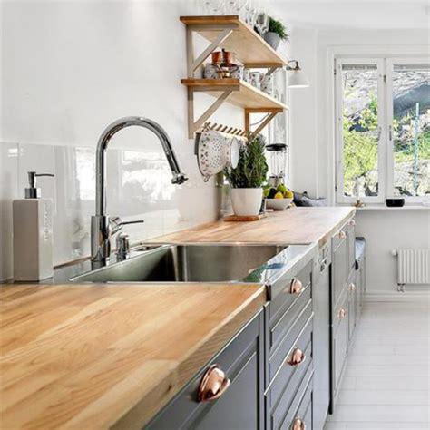 relooker une cuisine en bois modele placard de cuisine en bois 13 relooker une