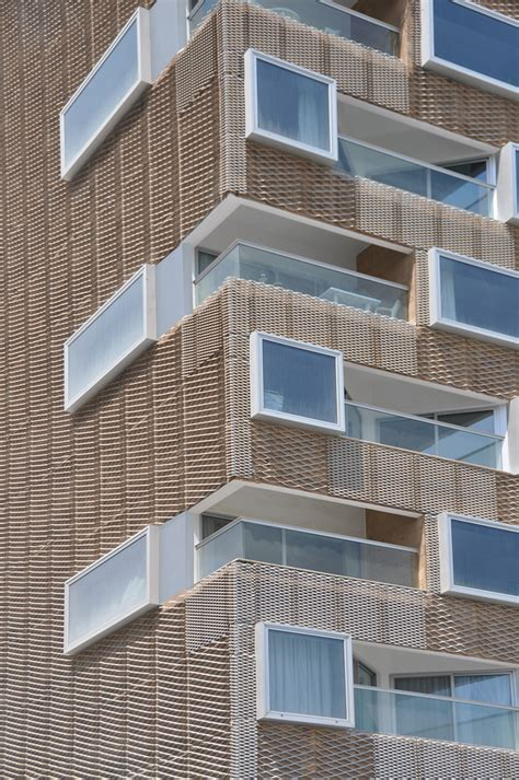 expanded mesh facades cladding  sunscreen