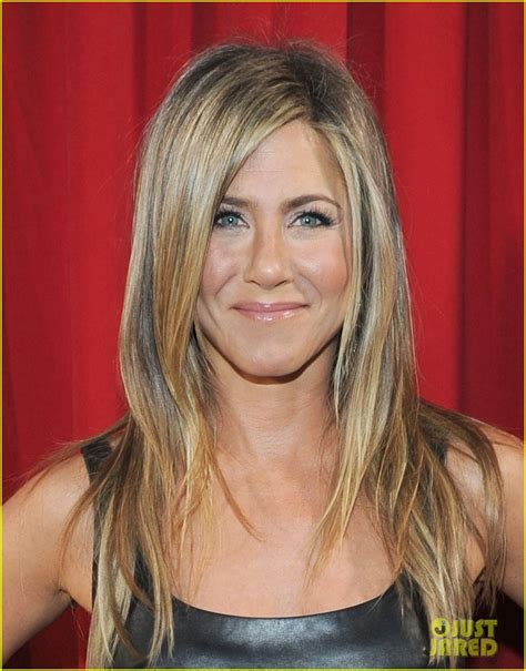 Full Sized Photo of jennifer aniston peoples choice awards