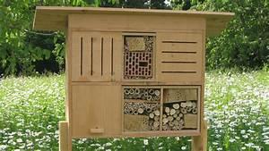 Insecte De Maison : une maison pour les insectes dans son jardin ~ Melissatoandfro.com Idées de Décoration