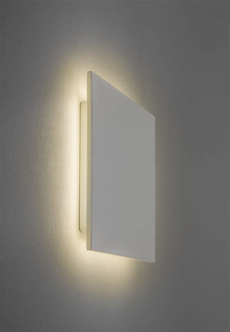 eclairage chambre led einzigartige led wandleuchte mit up lichteffekt eclipse square 300 luuz de