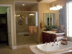 Simple Master Bathroom Design Layout Ideas Photo by Bloombety Simple Master Bathroom Decorating Ideas Master