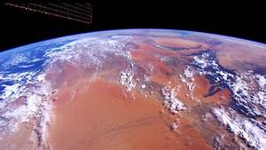 NASA posts amazing new 4K footage of Earth captured from ...