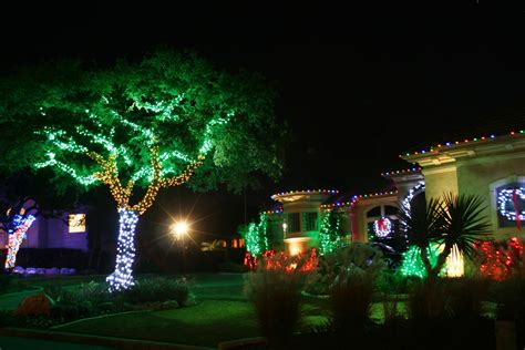 decorating trees with christmas lights collection christmas tree lights decorating ideas pictures
