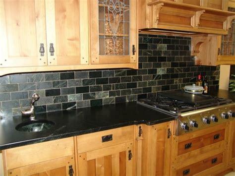 plan de travail cuisine granit noir granit noir dans la maison exemples et conseils archzine fr