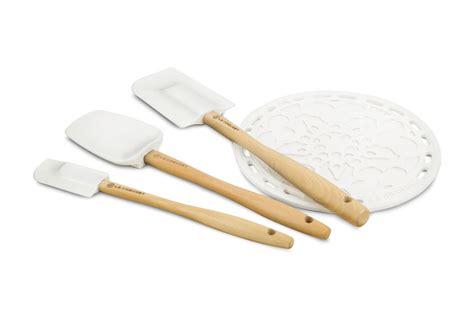 le creuset silicone silicone utensil set  piece white cutlery