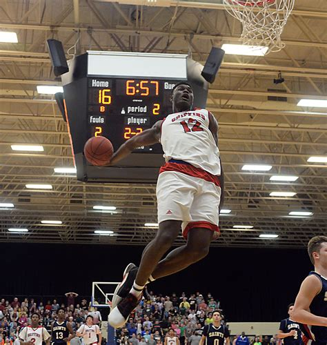 zion williamson scores   spartanburg day earns repeat