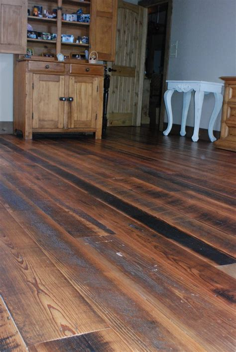 character wood flooring reclaimed   log lumber