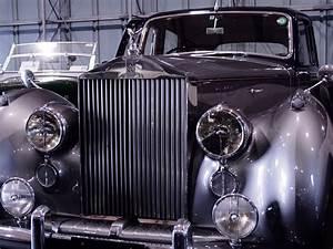 Voiture A Restaurer Gratuite : images gratuites voiture classique v hicule moteur voiture ancienne rouleaux royce sedan ~ Medecine-chirurgie-esthetiques.com Avis de Voitures