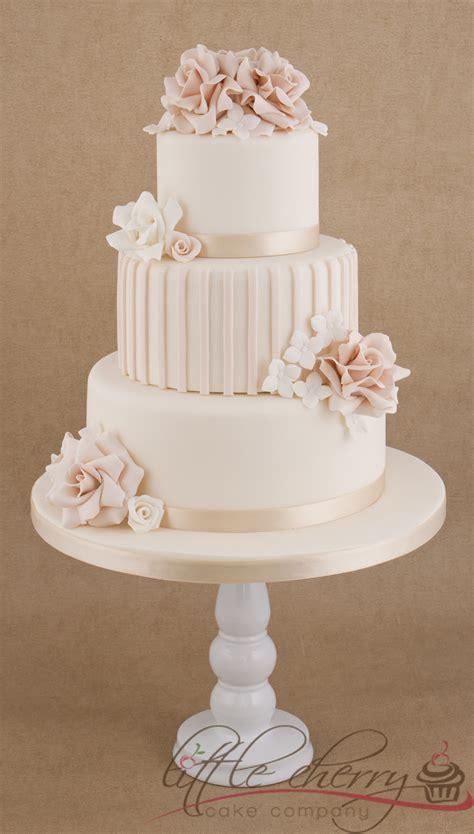 roses  stripes  tier wedding cake cakecentralcom