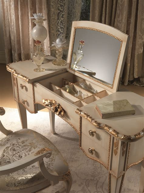 antique modern makeup vanity table with 4 drawer and