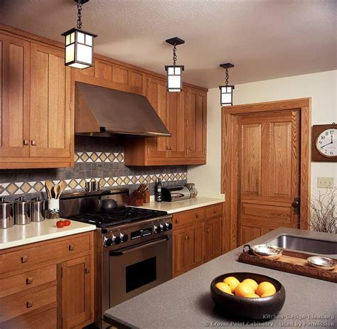arts and crafts kitchen design ideas arts and crafts kitchens pictures and design ideas 9042