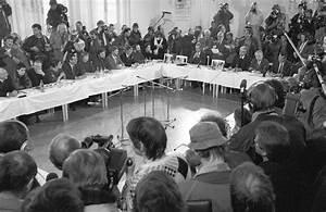 Der Runde Tisch : friedliche revolution deutsche einheit 1990 ~ Yasmunasinghe.com Haus und Dekorationen