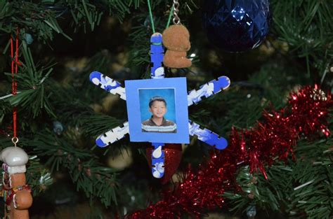 elementary school ornament holiday crafts for kids pinterest