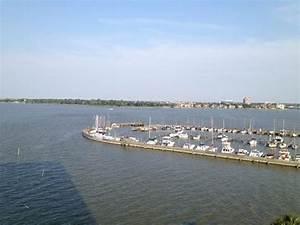 Outside - Picture of Hilton Houston NASA Clear Lake ...
