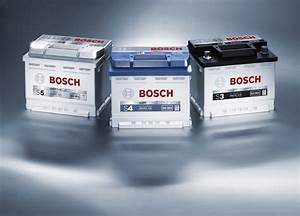 Comment Changer Une Batterie De Voiture : video comment entretenir sa batterie de voiture ~ Medecine-chirurgie-esthetiques.com Avis de Voitures