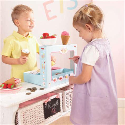 jouer a cuisiner le jeu de rôle est ce mauvais pour votre enfant lud 39 éveil