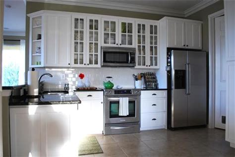 Show Me Kitchen Cabinets by Show Me Your Kitchens With White Or White Wash Cabinets