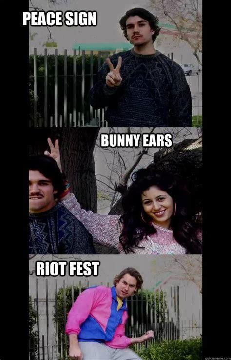 Peace Sign Meme - peace sign bunny ears riot fest riotfestmeme quickmeme